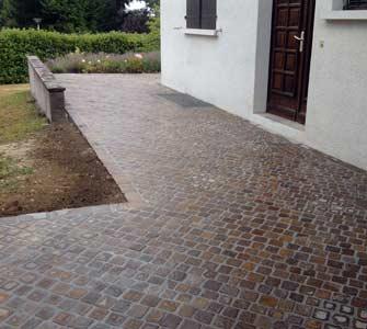 Pichon paysagiste en pays de gex ain 01 ma onnerie - Terrasse bois et pierre naturelle ...